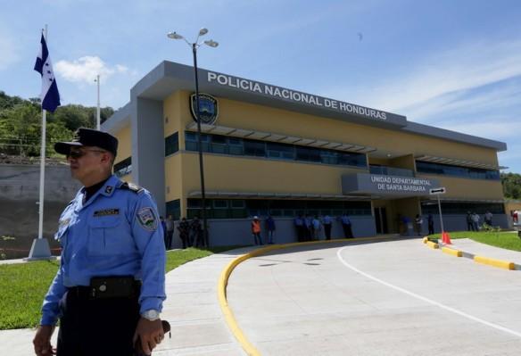 Más_seguridad_para_miles_de_hondureños_con_nueva_sede_policial_de_Santa_Bárbara_____7